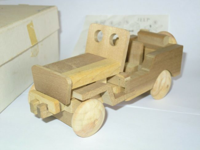 puzzle-jeep-wood3