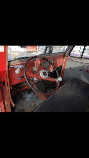 year-truck-wrecker-marquette-mi3