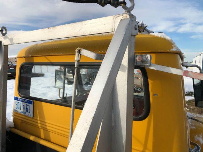 year-truck-wrecker-marquette-mi5
