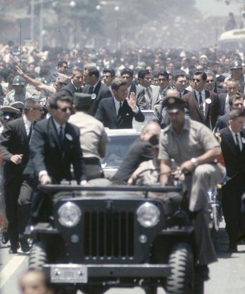 35-1963-cj3b-kennedy-costa-rica
