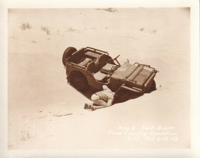 1942-photo-camp-seeley-stuck-jeep-sand1