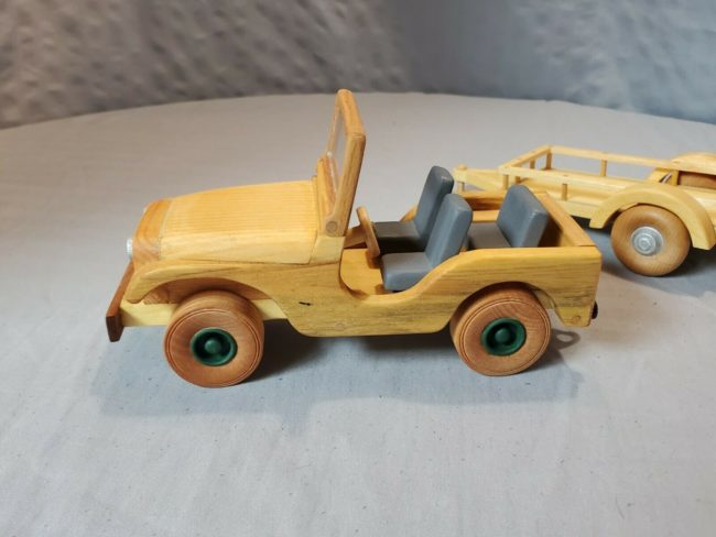 wood-jeep-with-trailer3
