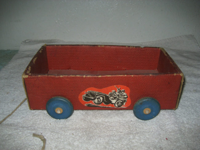 1950s-hinde-dauch-paper-trailer-jeep0