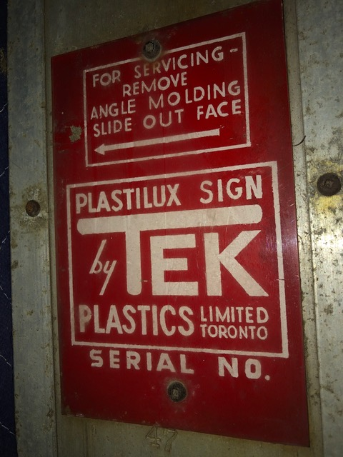 1950s-tek-jeep-dealer-sign-quebec-canada5