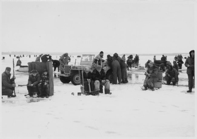 1954-1955-wisconsin-edu-library-madison-lake-mendota-ice-fishing