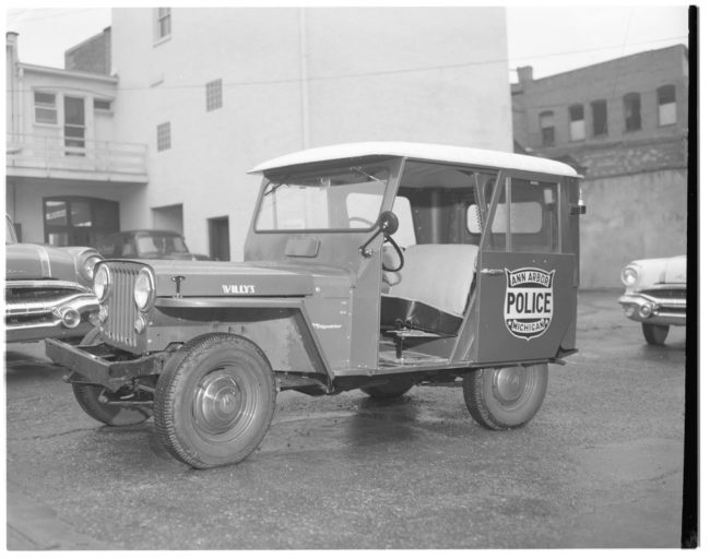 1957-08-ann-arbor-mi-police-dj3a-fb