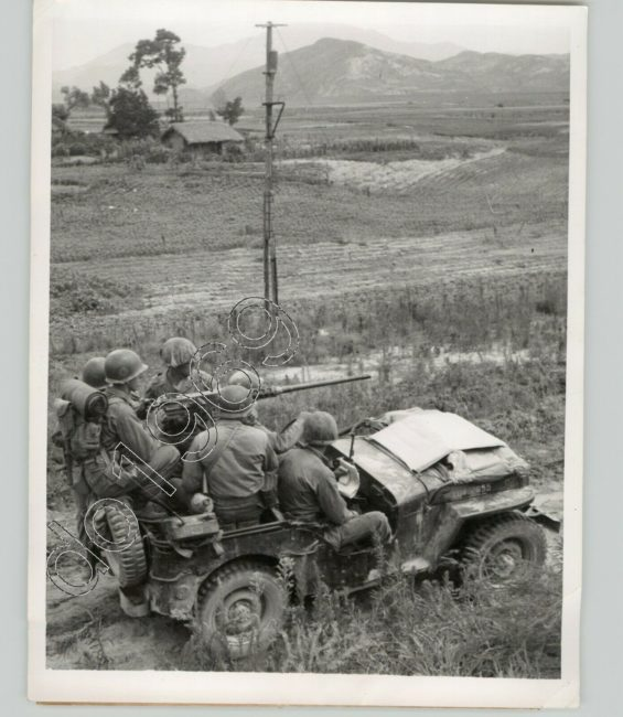 1950-07-20-austin-statesmean-soldiers-jeep-50-cal-1