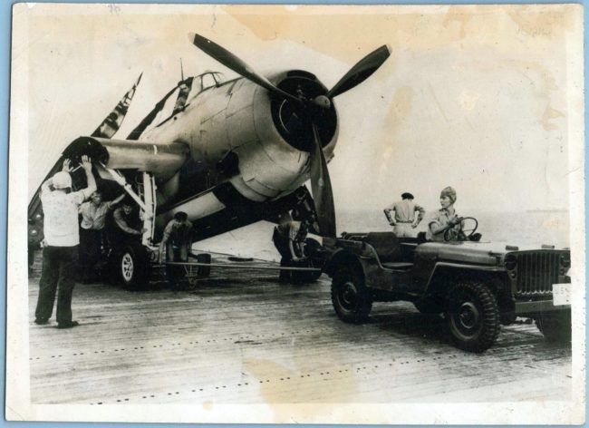 1943-12-17-seagoing-jeep-carrier1