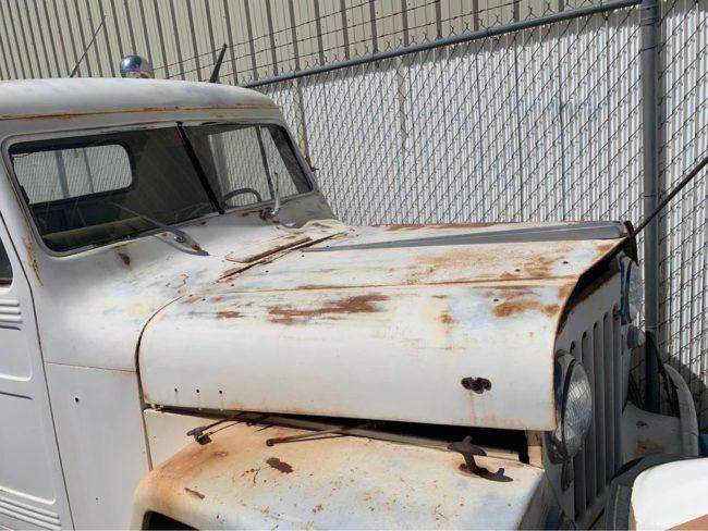 1948-tow-truck-parker-az5