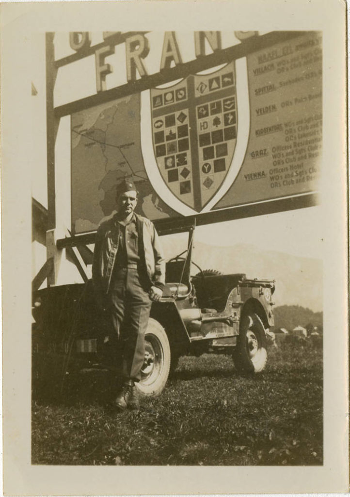 1945-photo-warren-harber