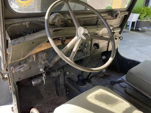 1952-m38-hughson-ca12