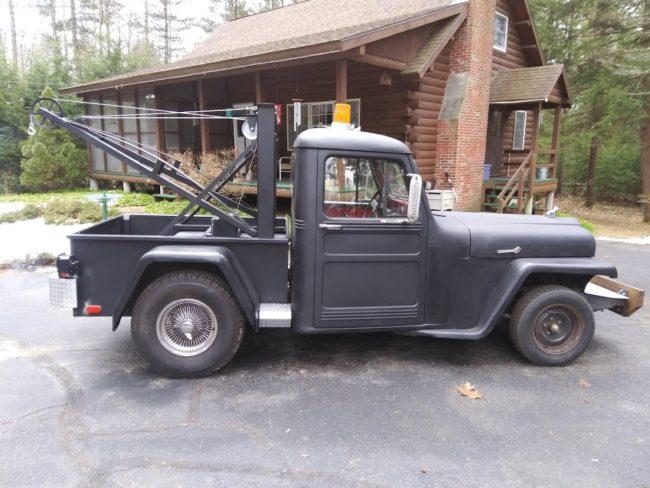 1955-truck-jeeprod-tow-orange-ma1
