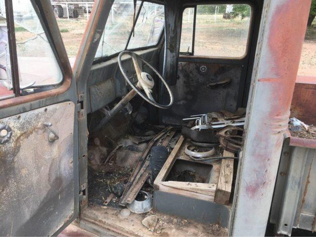 1955-truck-lapoint-ut2
