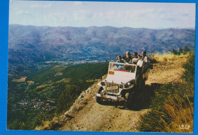 1966-08-29-postcard-tour-jeep-france1