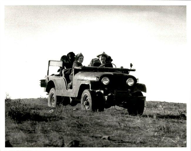 1980s-ronald-reagan-barbara-walters-photo3