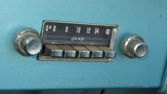cj6-radio-fourwheeler