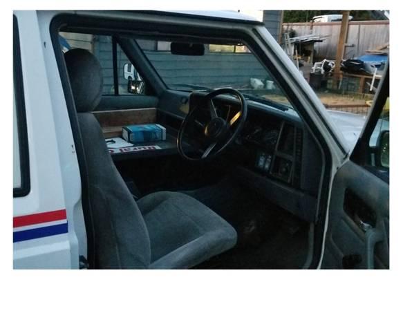 1993-cherokee-mail-jeep-snohomish-wa3
