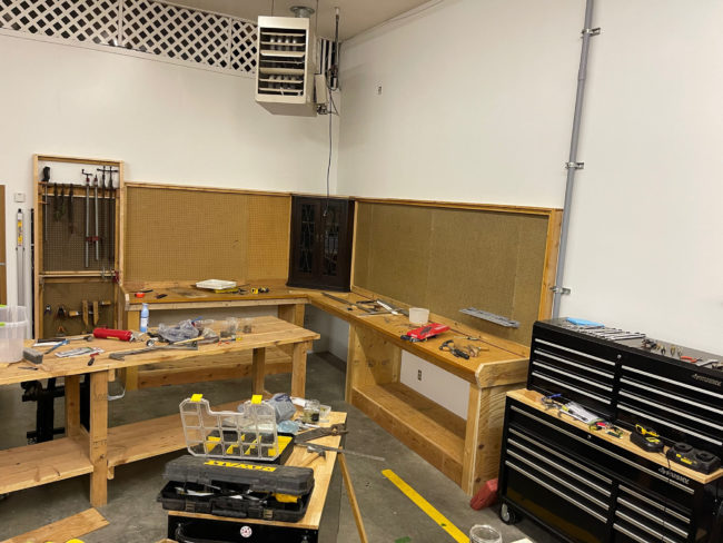2021-08-19-shop-work-benches2
